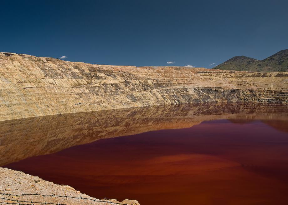 berkeley-pit.jpg.CROP.promo-large2